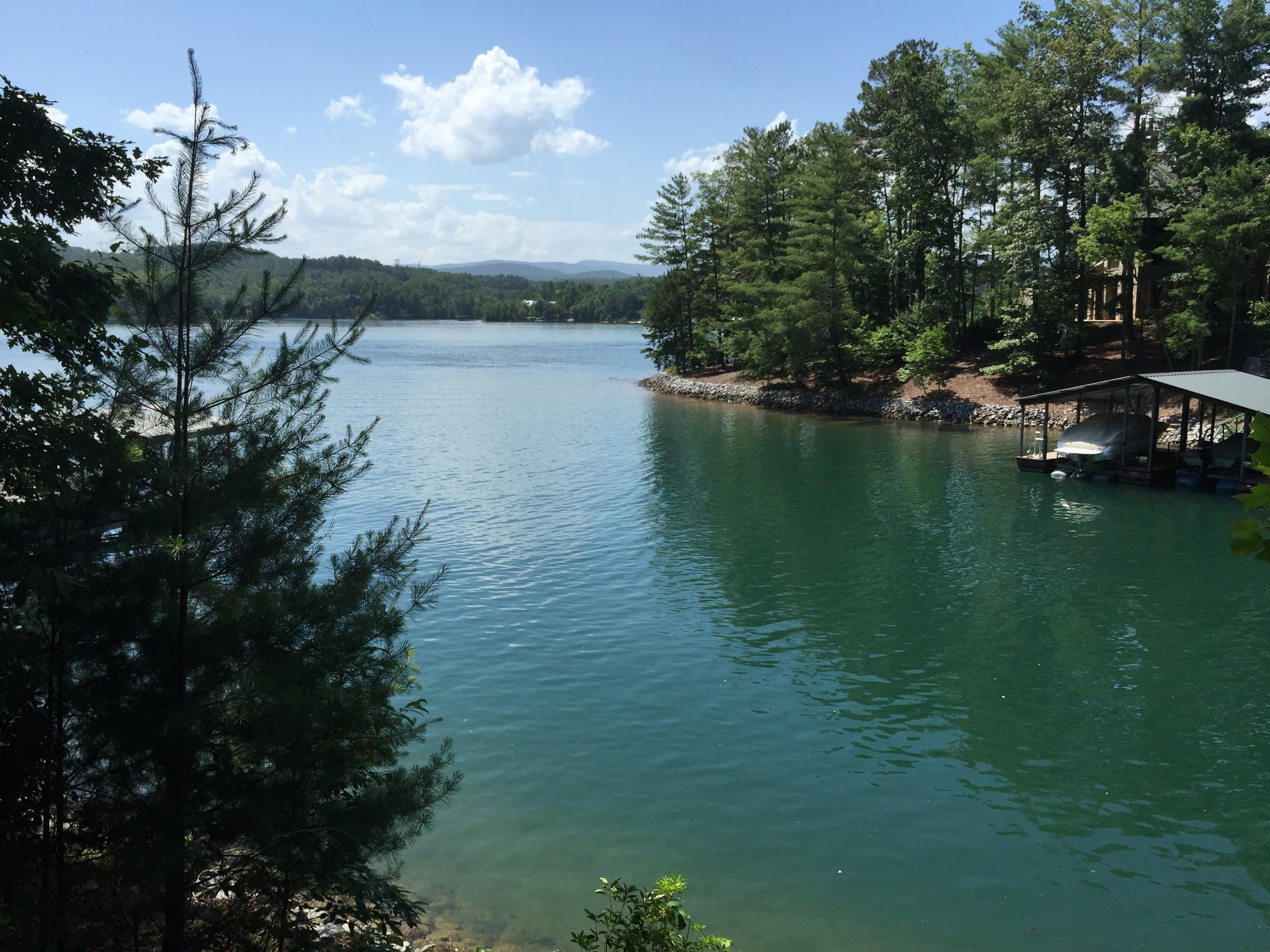 Terreno para Venda às Sports Membership Included with this Ideal Lakefront Homesite! S39 The Cliffs At Keowee Vineyards, Sunset, Carolina Do Sul, 29685 Estados Unidos
