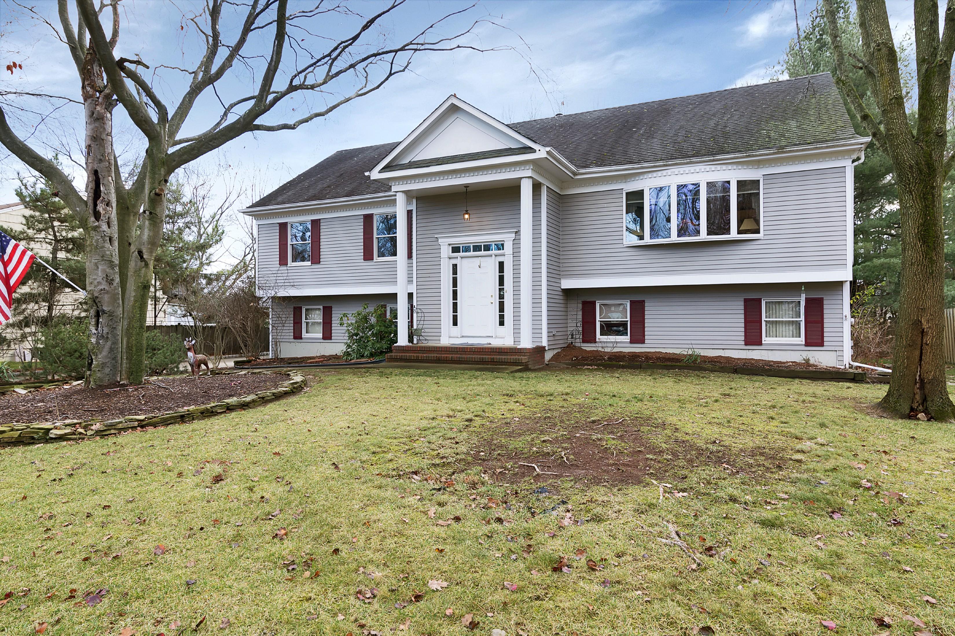 Частный односемейный дом для того Продажа на 15 Barbara St, Parsippany Parsippany, 07054 Соединенные Штаты