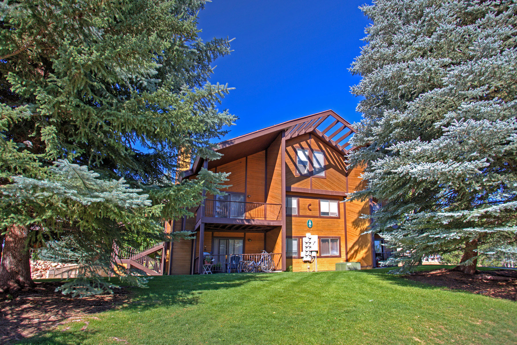 Maison unifamiliale pour l Vente à Rarely Available Red Pine at Canyons 2025 Canyon Resort Dr #C8 Park City, Utah 84098 États-Unis