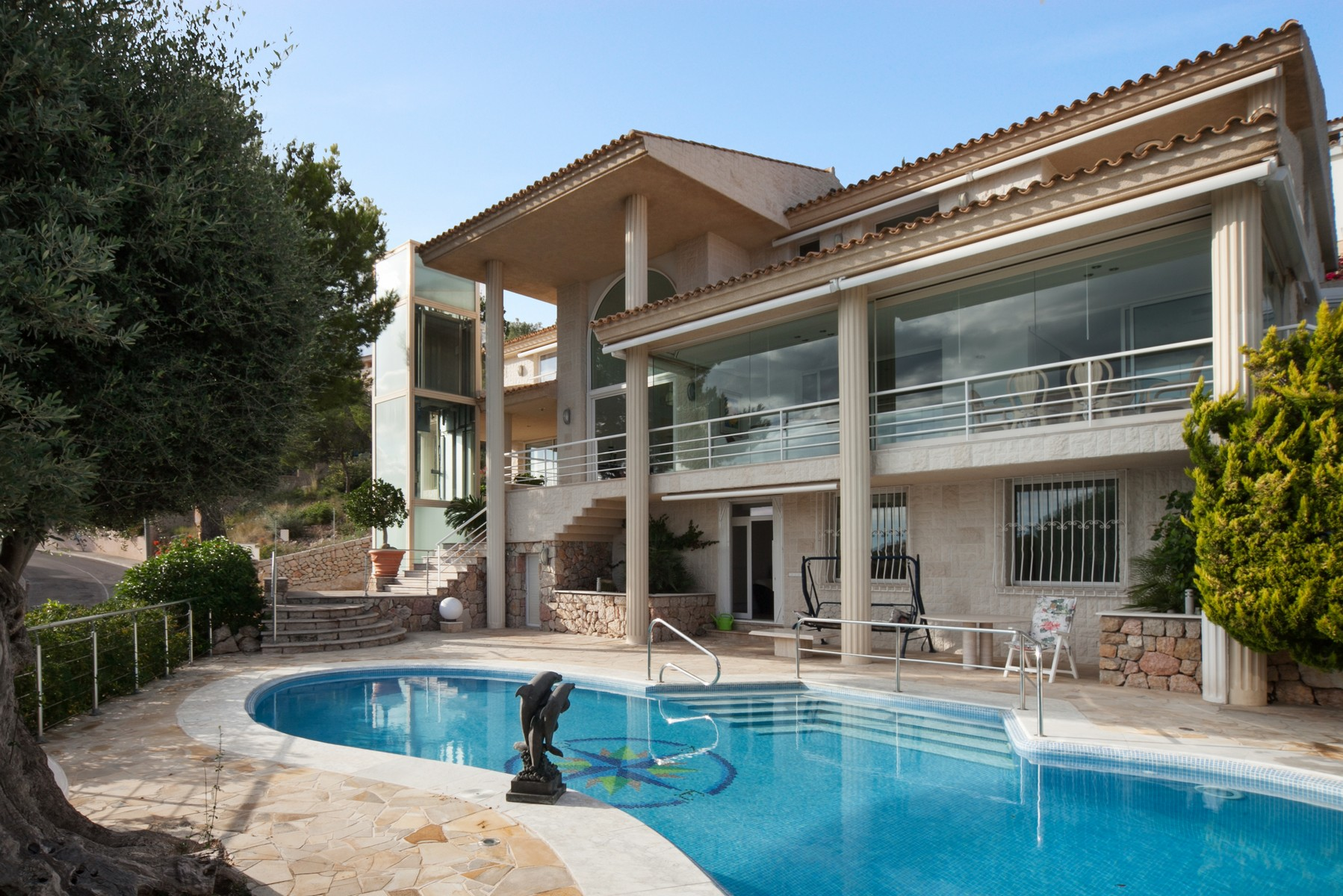 Property Of Spectacular villa with sea views in Bendinat
