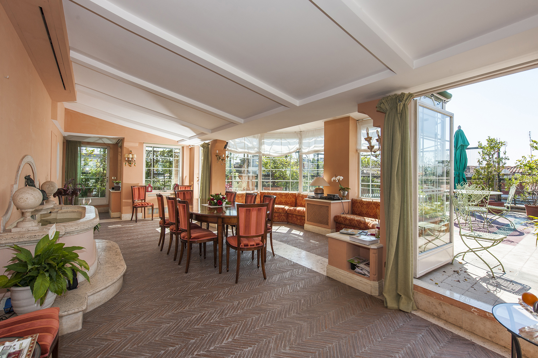 Property Of Beautiful penthouse with panoramic views