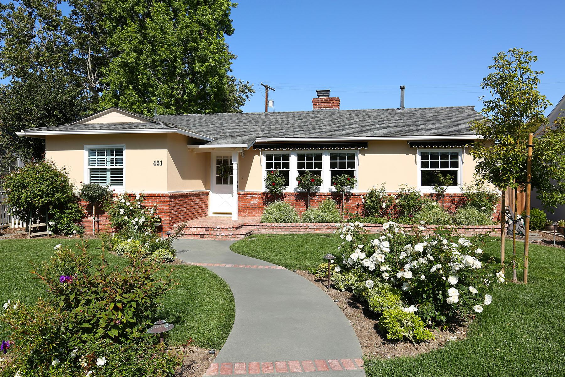 Casa Unifamiliar por un Venta en 431 Irvine Ave Newport Beach, California 92663 Estados Unidos