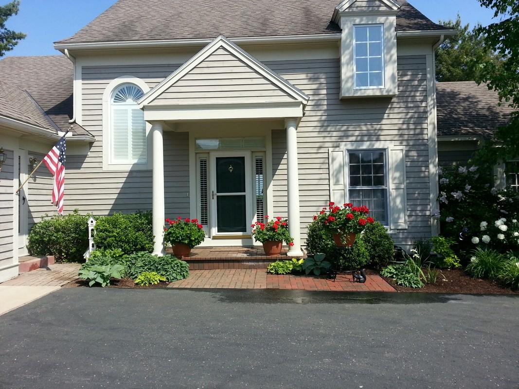 Property For Sale at 3019 Village Lane