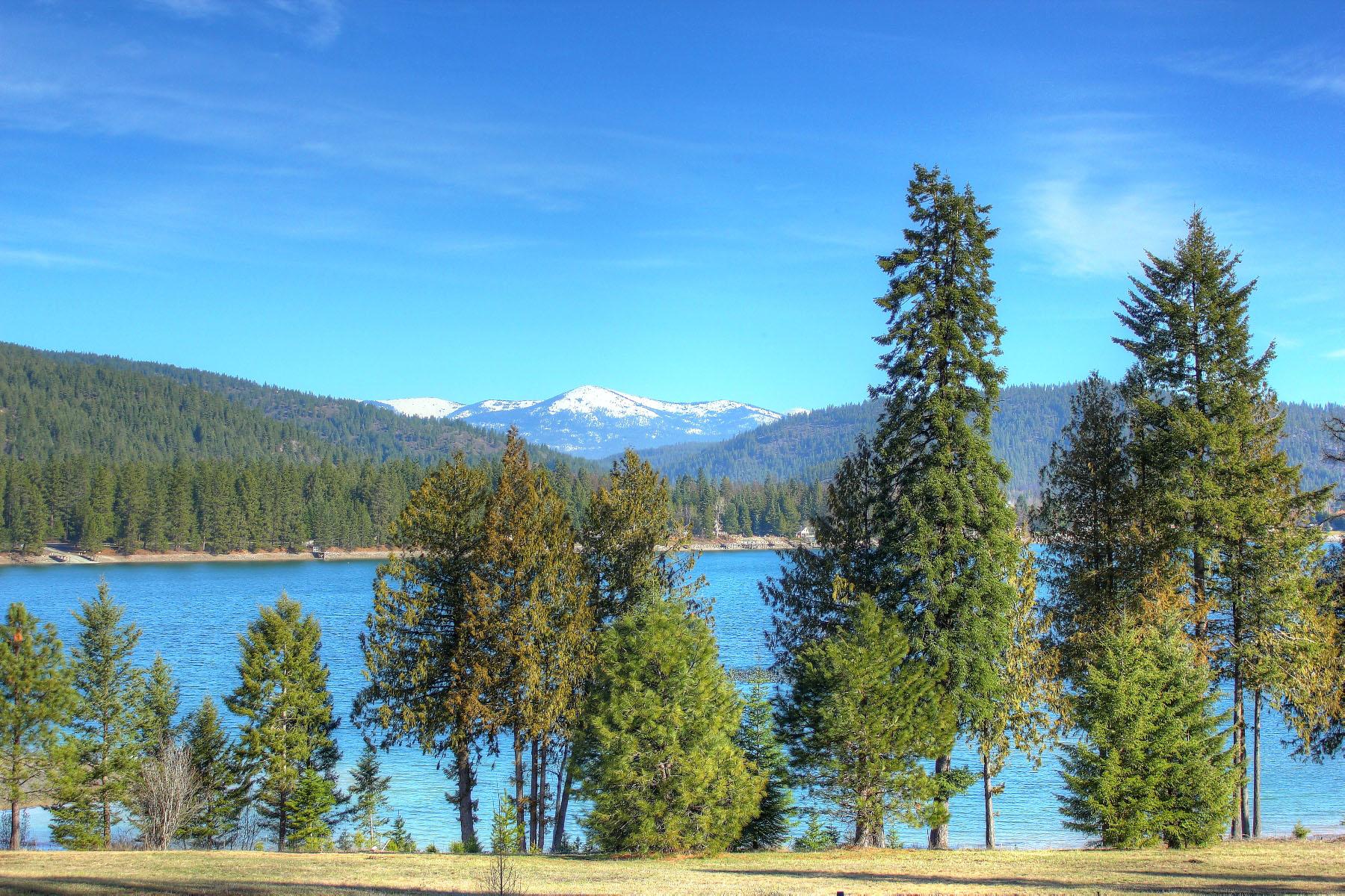 Terreno per Vendita alle ore The Crossings at Willow Bay Lot 34 Haines Ave. Priest River, Idaho, 83856 Stati Uniti