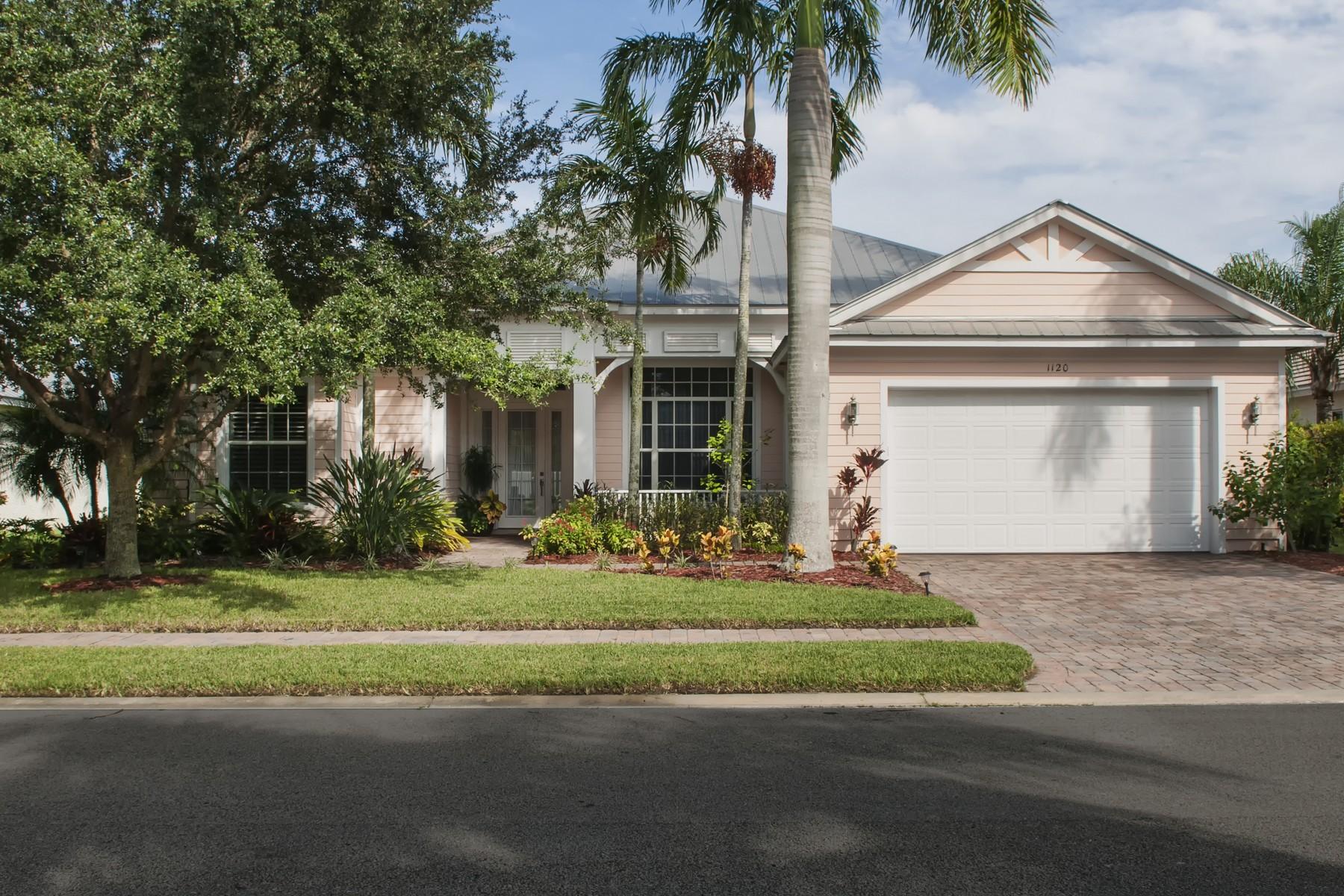 Casa Unifamiliar por un Venta en Key West Style Home 1120 Ansley Avenue SW Vero Beach, Florida, 32968 Estados Unidos