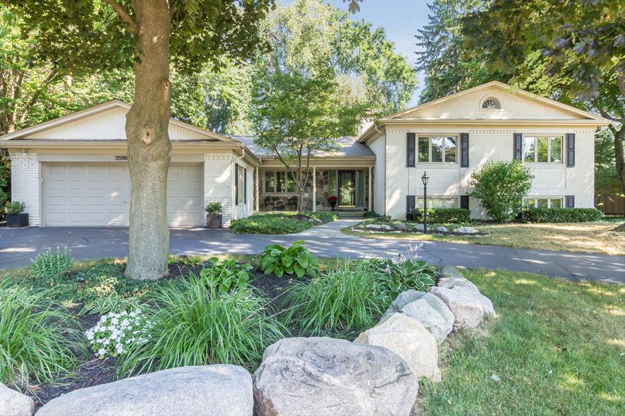 Nhà ở một gia đình vì Bán tại Bloomfield 3598 Darcy Bloomfield, Michigan, 48301 Hoa Kỳ