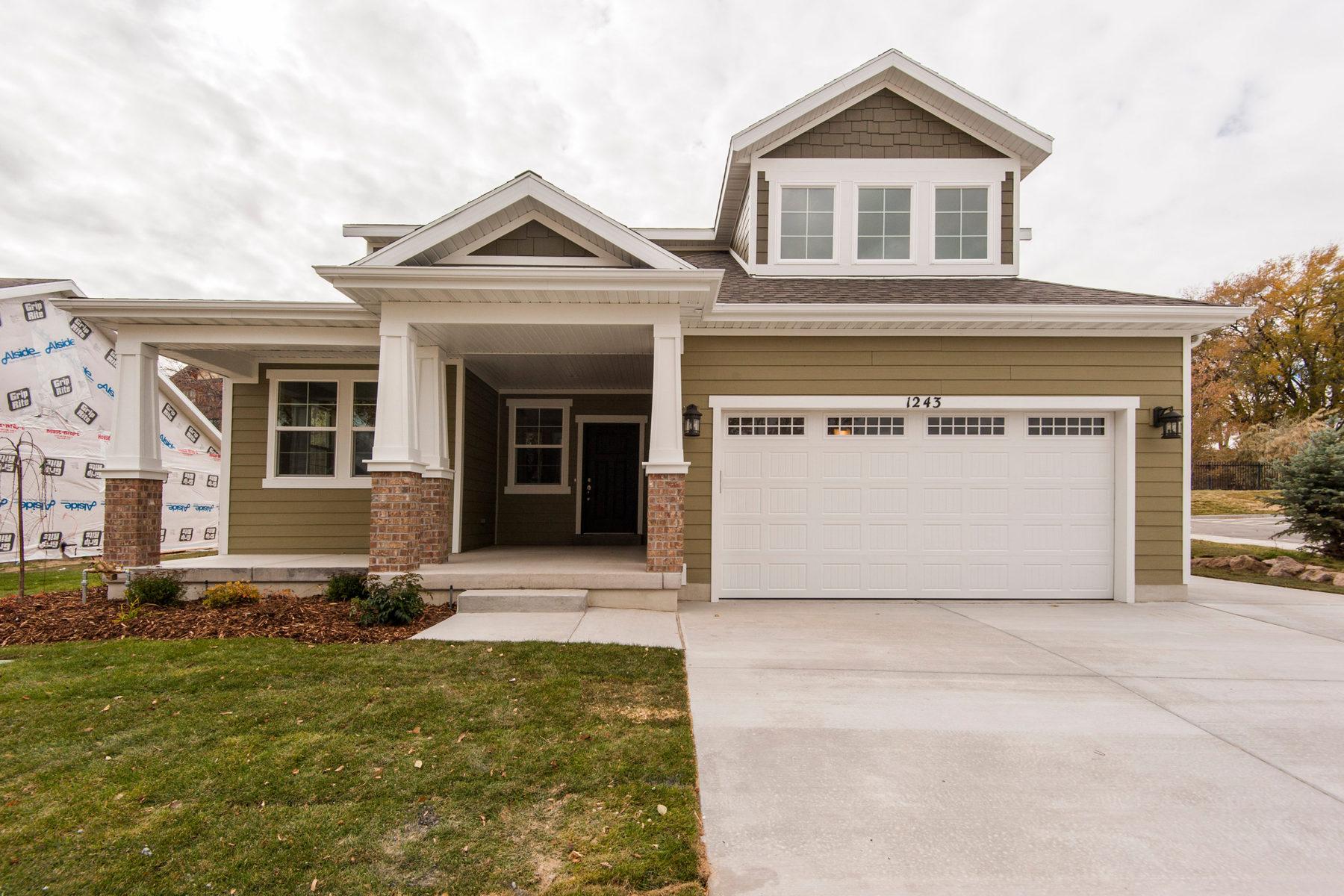 Casa Unifamiliar por un Venta en Craftsman Rambler 1221 W Holt Farm Lane South Jordan, Utah 84095 Estados Unidos