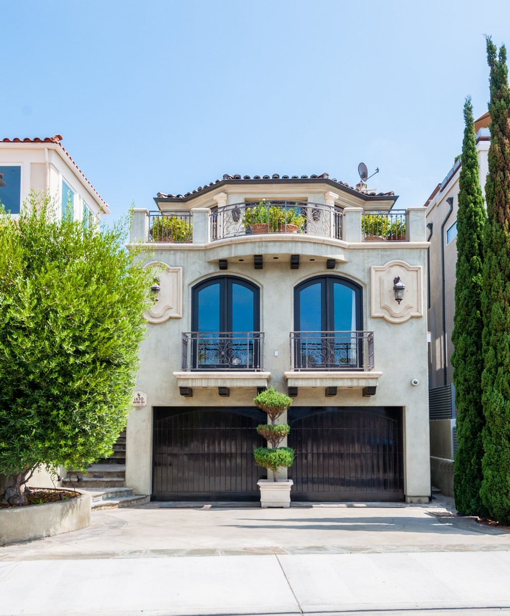 Vivienda unifamiliar por un Venta en 1630 Monterey Blvd Hermosa Beach, California, 90254 Estados Unidos