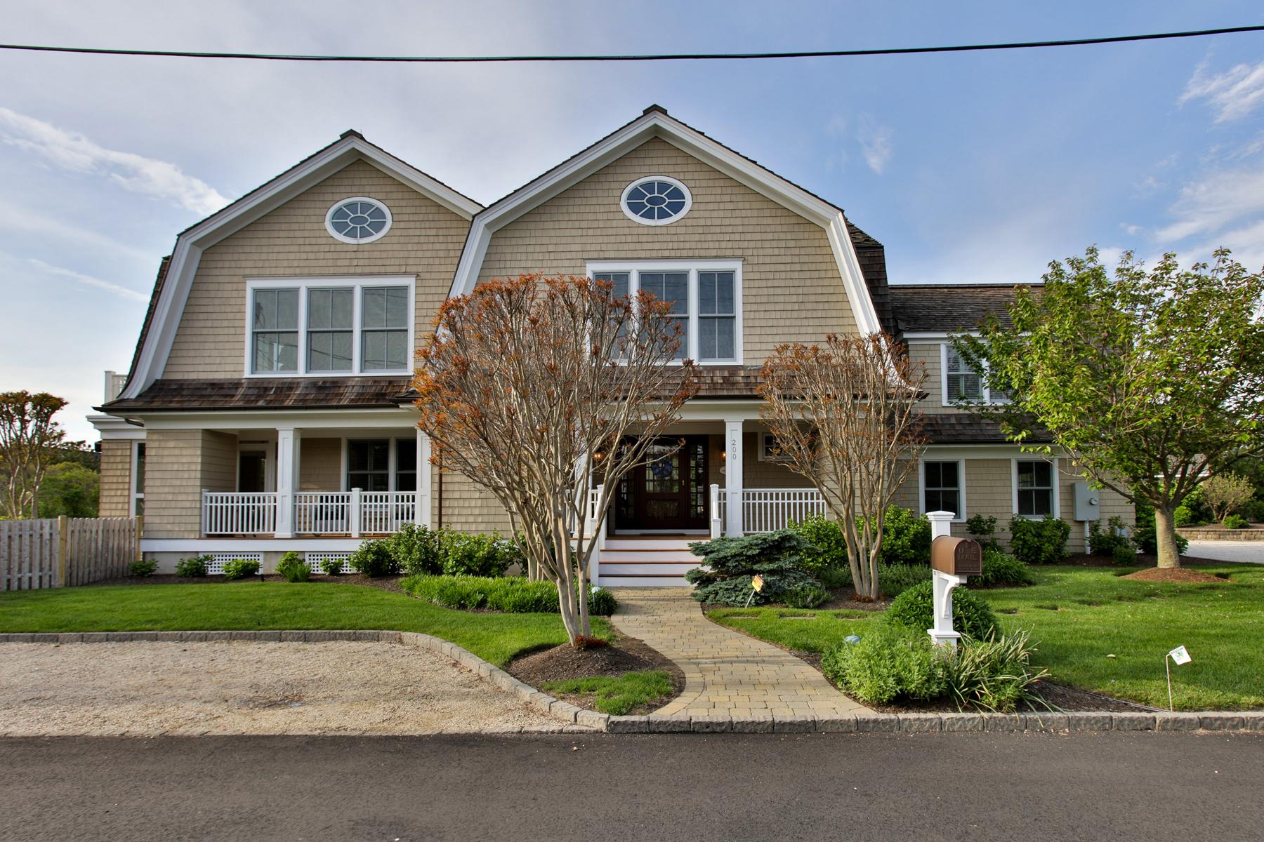Tek Ailelik Ev için Satış at Beautiful Nantucket-Style Colonial 200 Albertson Street Mantoloking, New Jersey, 08738 Amerika Birleşik Devletleri