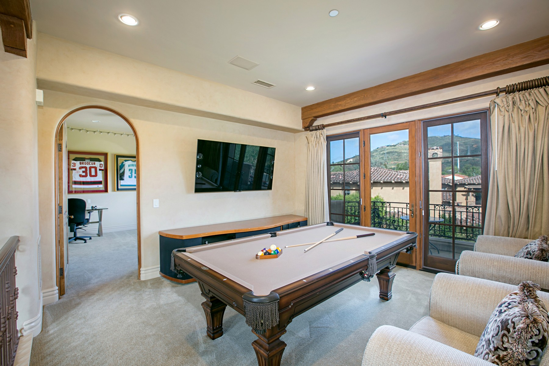 Additional photo for property listing at 18341 Calle La Serra  Rancho Santa Fe, Калифорния 92091 Соединенные Штаты