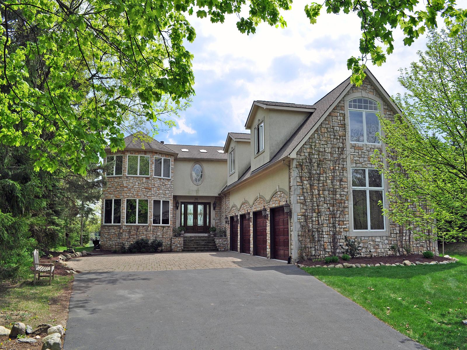 sales property at Lake Angelus