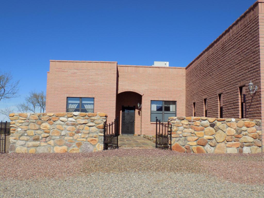 Vivienda unifamiliar por un Venta en Stunning Southwestern Design 214 Camino Kennedy Tubac, Arizona 85646 Estados Unidos