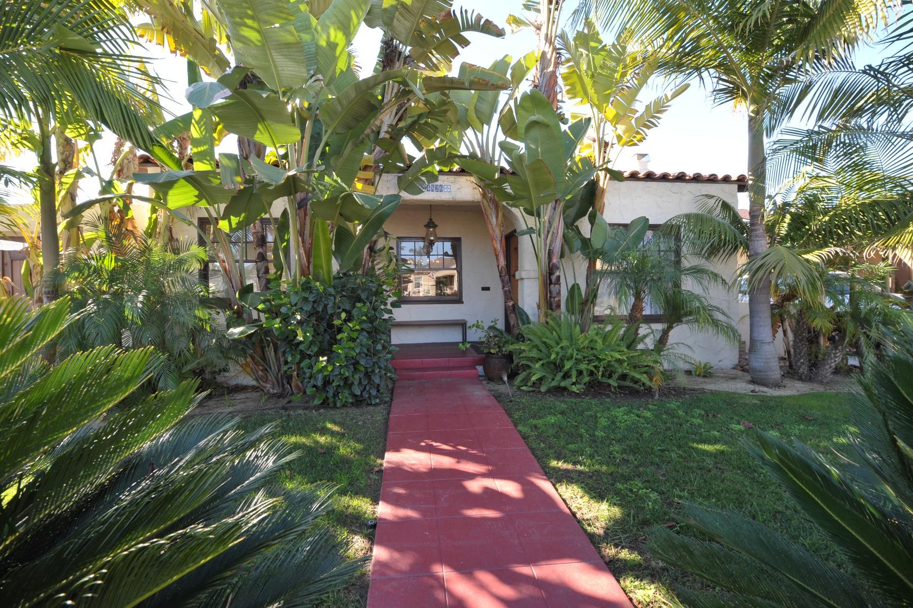 独户住宅 为 销售 在 4826 Sussex Drive Kensington, 圣地亚哥, 加利福尼亚州, 92116 美国