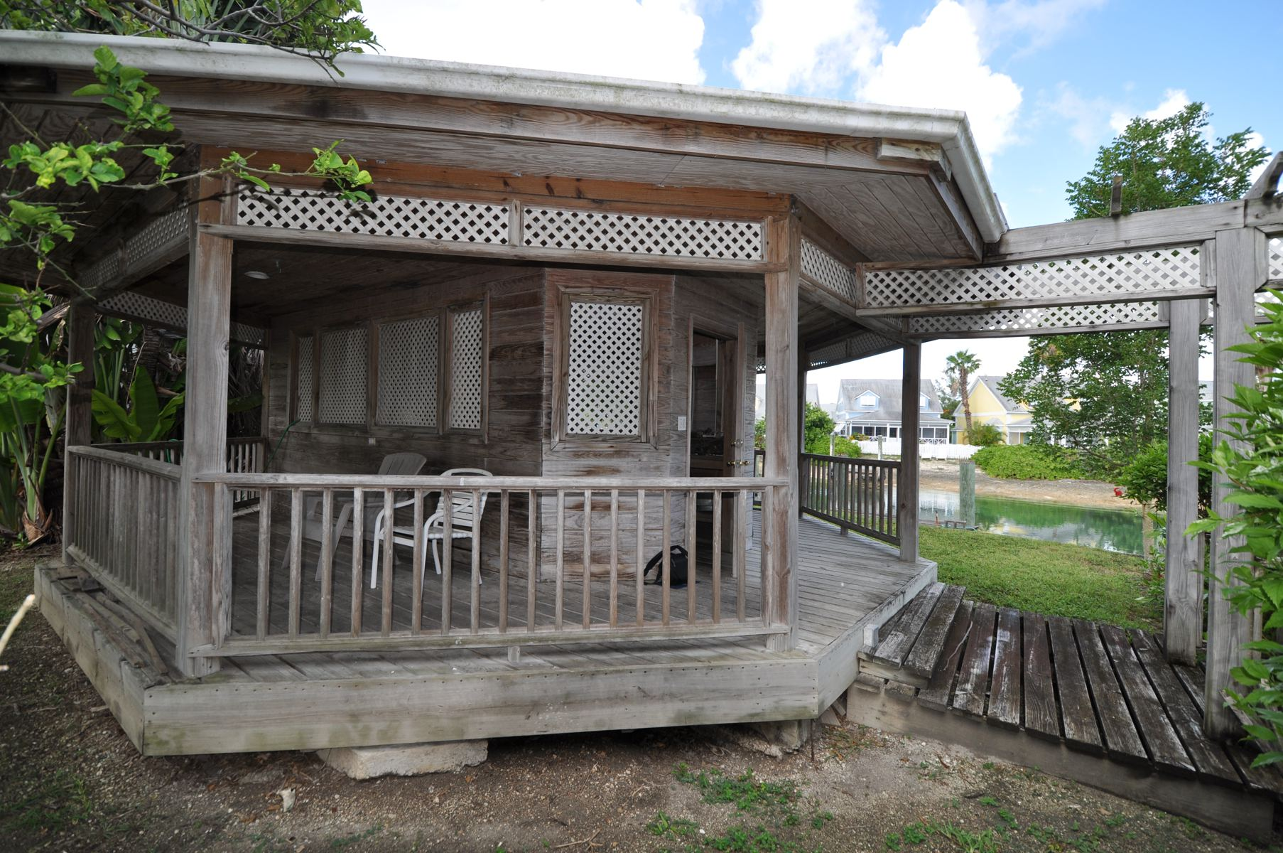 Additional photo for property listing at NEW PRICE ~ Governors Cay Sandyport, Cable Beach, Nueva Providencia / Nassau Bahamas