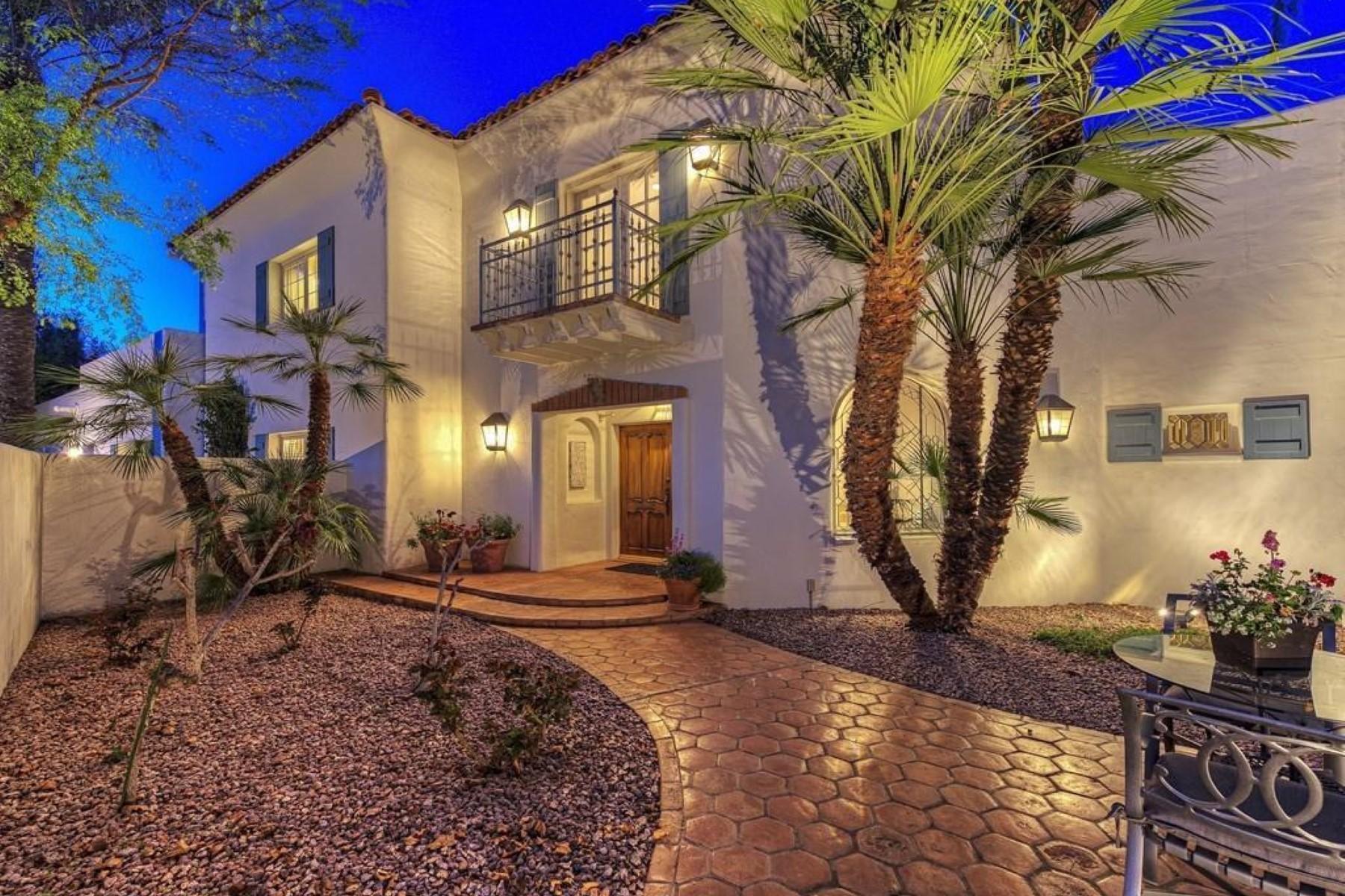 獨棟家庭住宅 為 出售 在 A true Santa Barbara style home 5518 E Sanna St Paradise Valley, 亞利桑那州 85253 美國