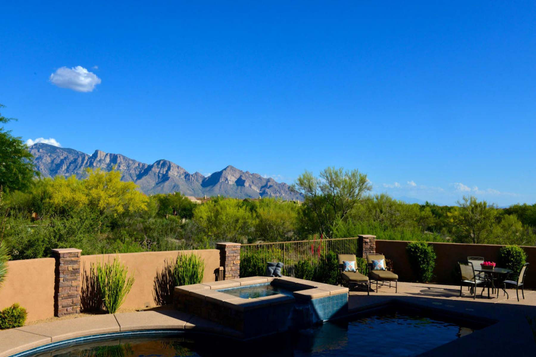 Moradia para Venda às Rare desert jewel with panoramic Catalina views. 13811 N Old Forest Trail Oro Valley, Arizona 85755 Estados Unidos