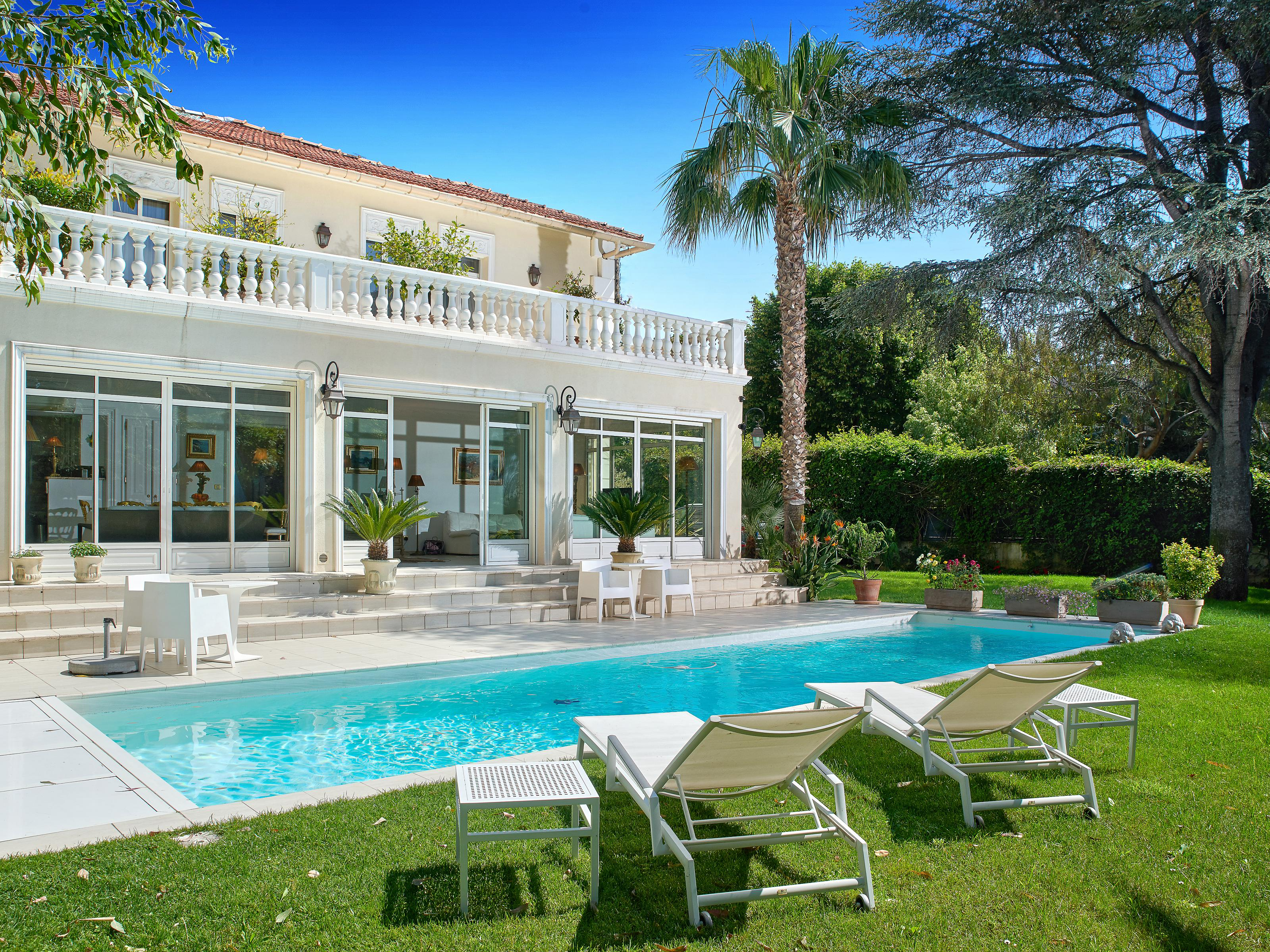 Single Family Home for Sale at Charming villa located in the sought after 'Basse Californie' in Cannes Cannes, Provence-Alpes-Cote D'Azur 06400 France
