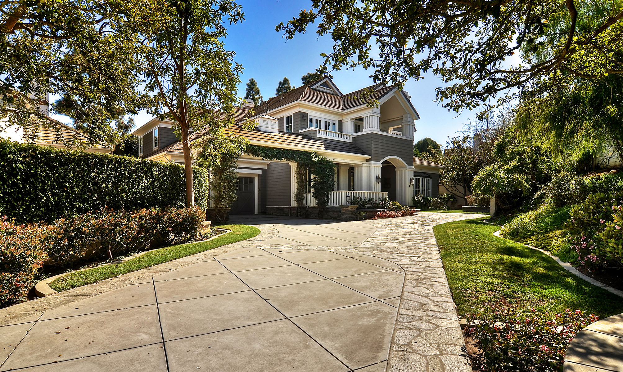 Single Family Home for Sale at 2 Gleneagles Newport Beach, California 92660 United States