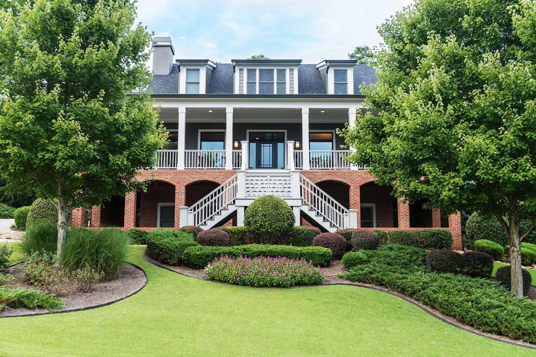 Maison unifamiliale pour l Vente à Remarkable Peninsula Estate 110 Peninsula Drive Peachtree City, Georgia, 30269 États-Unis