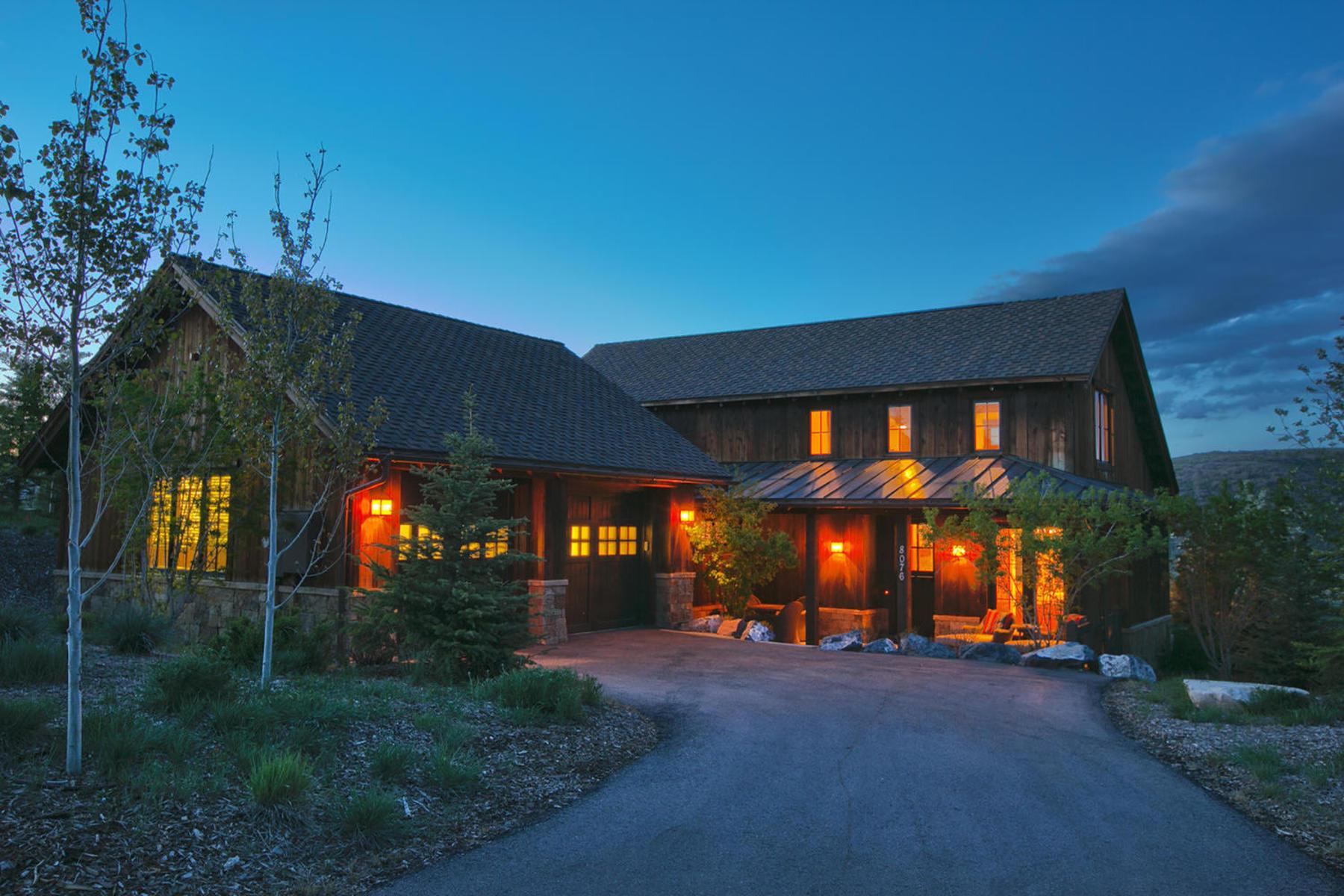 Maison unifamiliale pour l Vente à Beautiful Cabin Home – Promontory's Lowest Price 8076 Western Sky Park City, Utah 84098 États-Unis