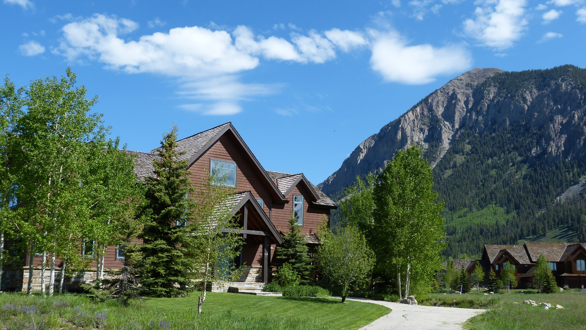 Property For Sale at Beautifully Crafted Mountain Home