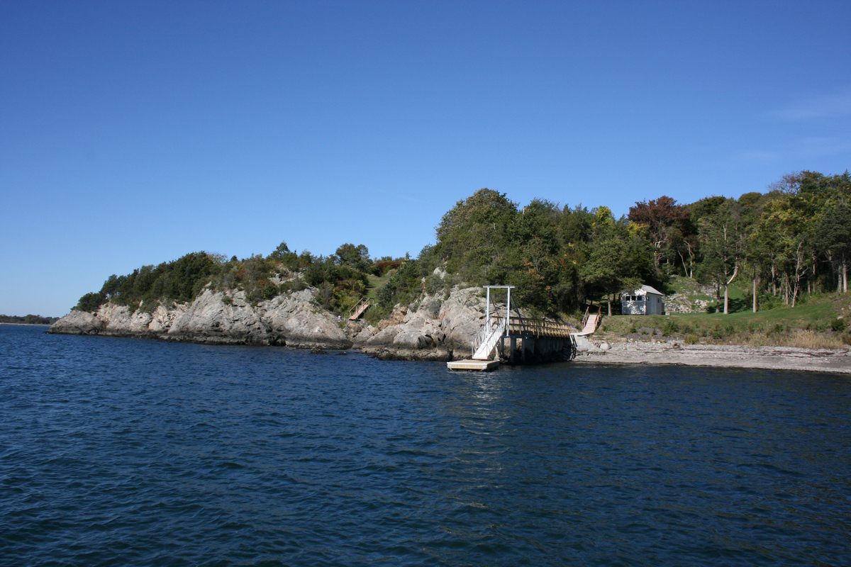 Additional photo for property listing at Oceanfront Site on Mackerel Cove 196 Highland Drive Jamestown, Rhode Island 02835 United States