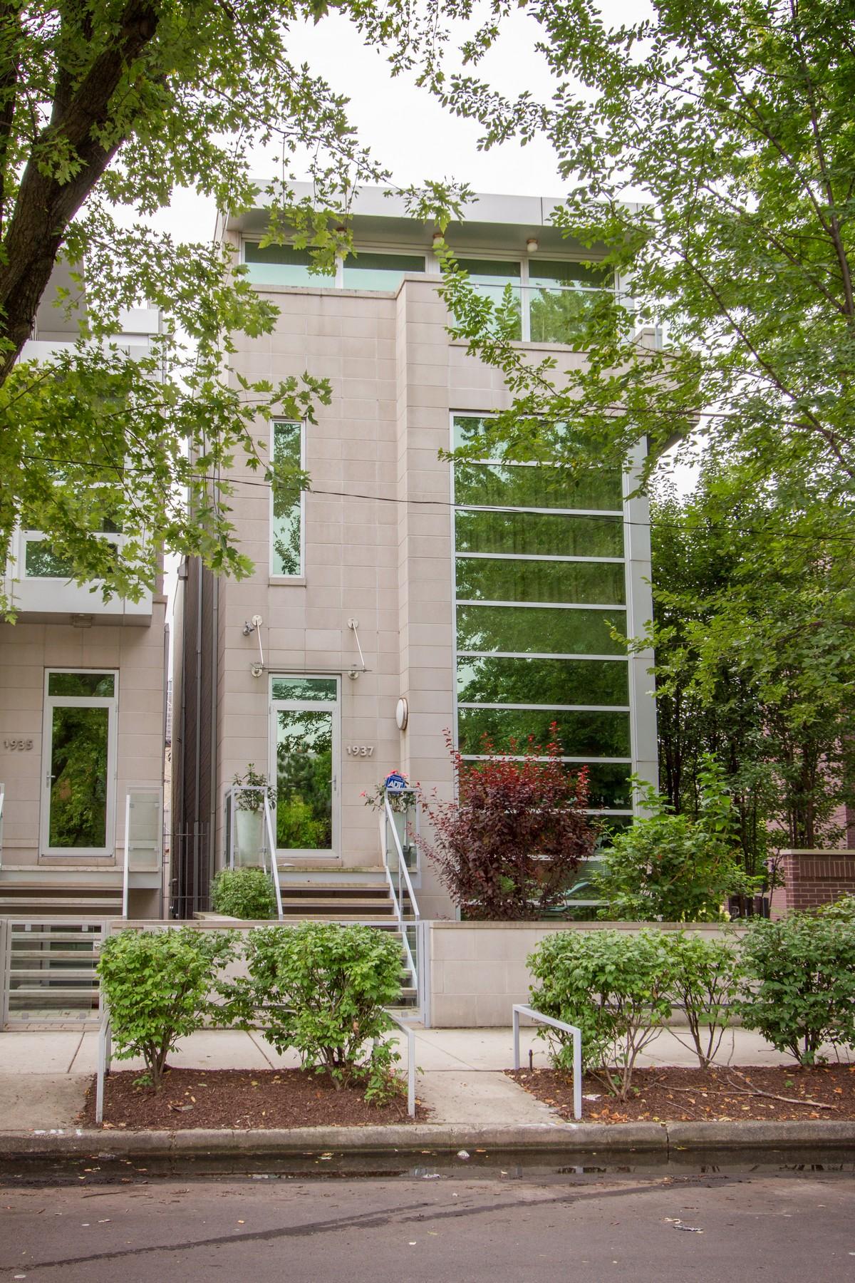 独户住宅 为 销售 在 Exceptional Newer Home 1937 W Dickens Avenue Logan Square, 芝加哥, 伊利诺斯州, 60614 美国
