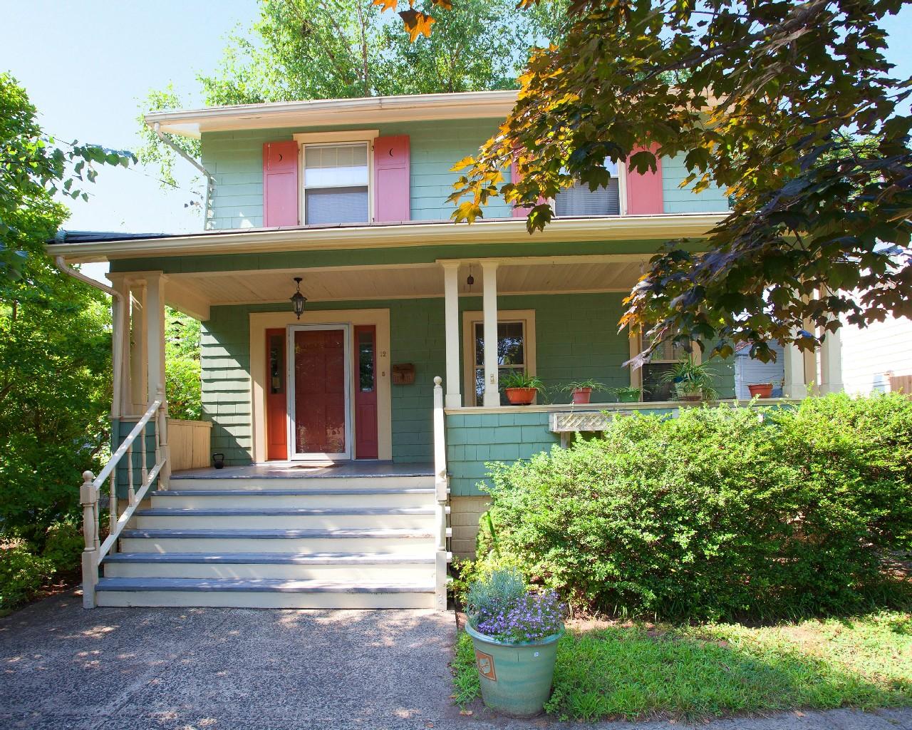 Частный односемейный дом для того Аренда на Single Family Home 12 Brighton Avenue Bloomfield, 07003 Соединенные Штаты