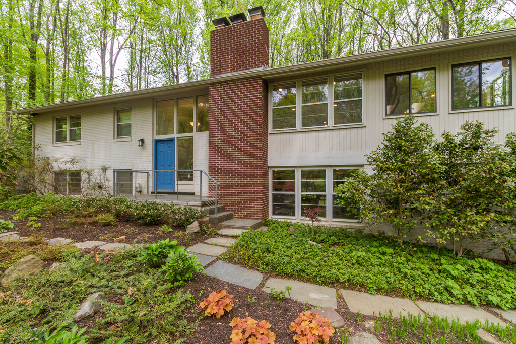Single Family Home for Sale at Potomac Outside 11009 Fawsett Rd Potomac, Maryland 20854 United States