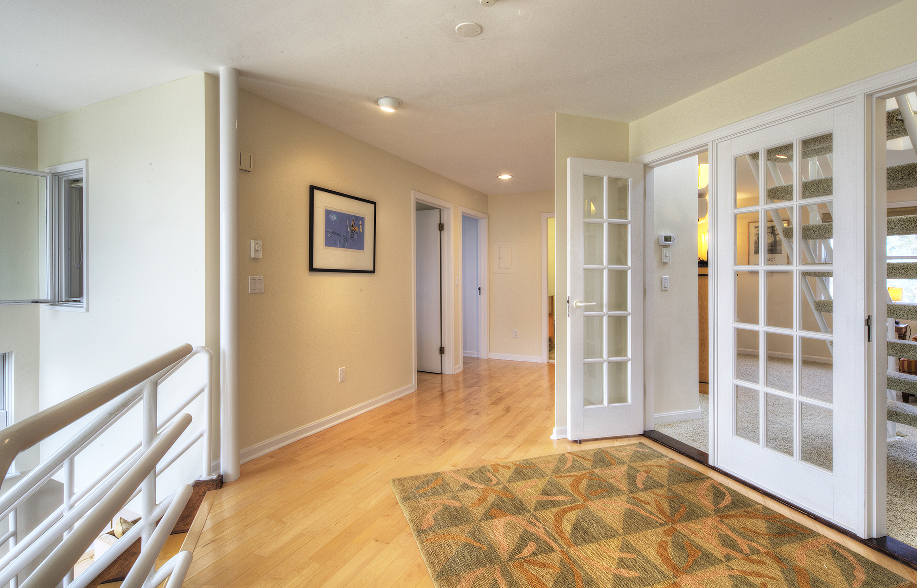 Additional photo for property listing at Unique Ocean View Contemporary 21 Atlantic Avenue Newport, Rhode Island 02840 United States