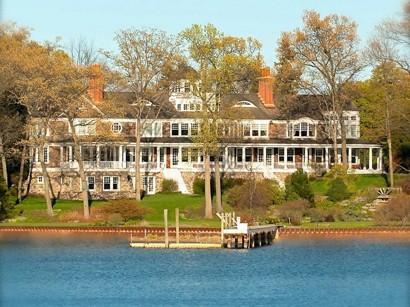 Single Family Home for Sale at Lake Macatawa Waterfront Estate 186 S. Division Holland, Michigan 49424 United States