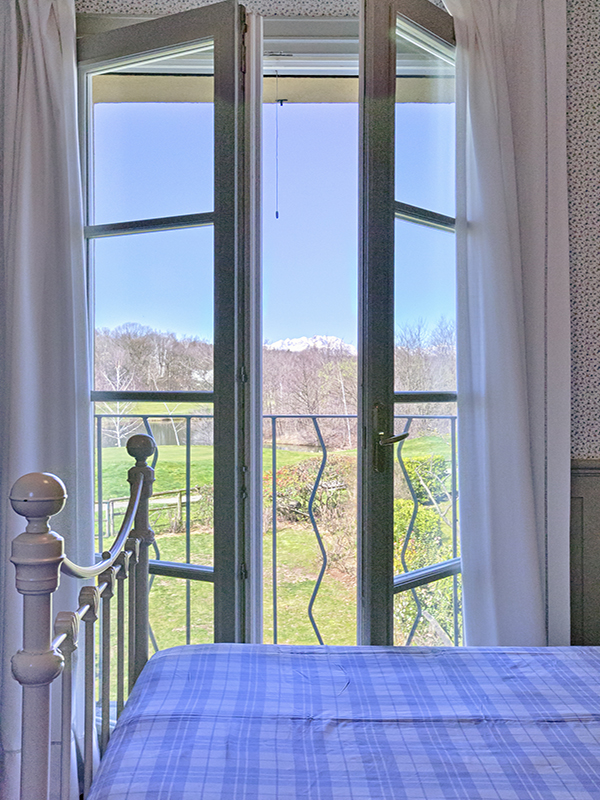 Additional photo for property listing at Charming little villa with garden in Piedmont Golf Club Bogogno Novara, Novara 28010 Italien