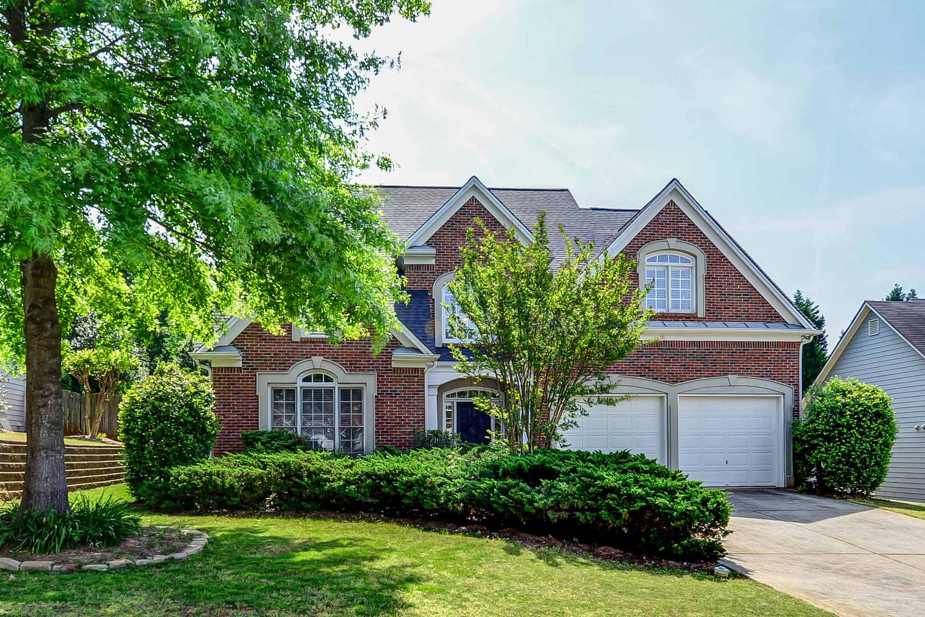 Single Family Home for Active at Spacious, Light-Filled & Open Floor Plan 4221 Cheltingham Lane SE Smyrna, Georgia 30082 United States