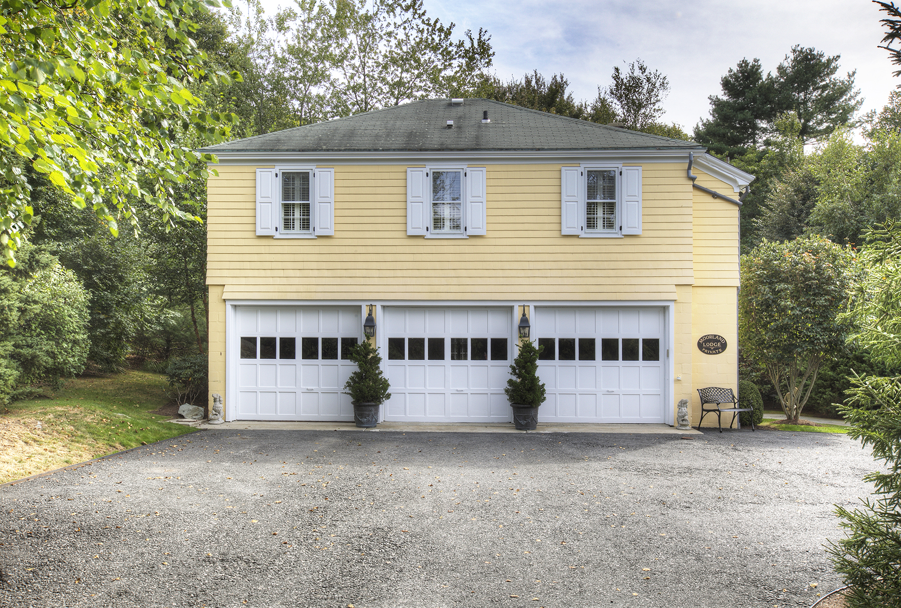Additional photo for property listing at Moorland Lodge 5 Hammersmith Road Newport, Rhode Island 02840 United States