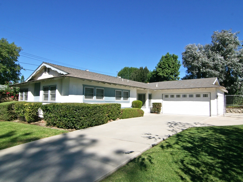 Single Family Home for Sale at 143 Buena Vista Drive Claremont, California 91711 United States