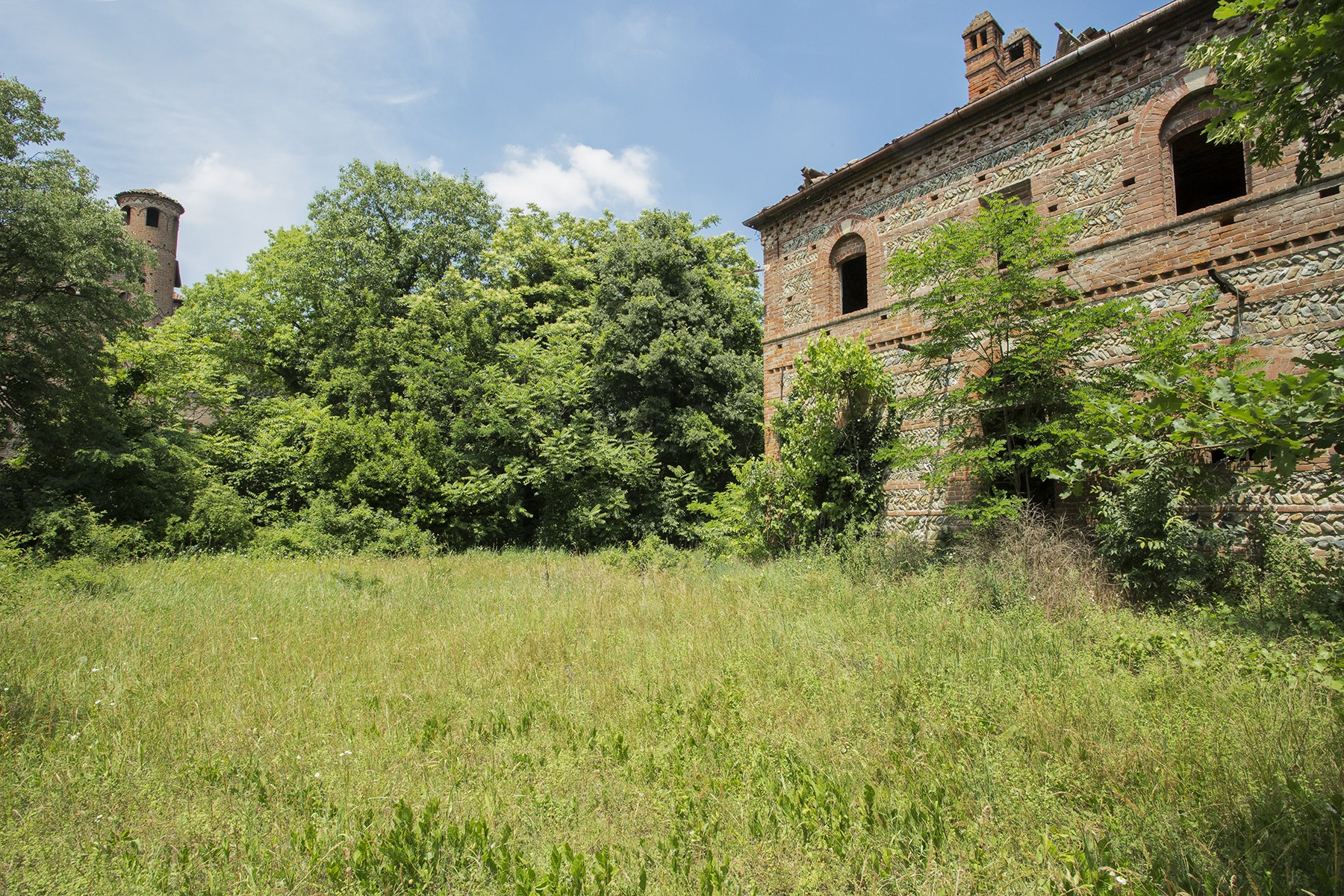 Additional photo for property listing at La Corte di Francavilla Bisio Francavilla Bisio, Alessandria Italien