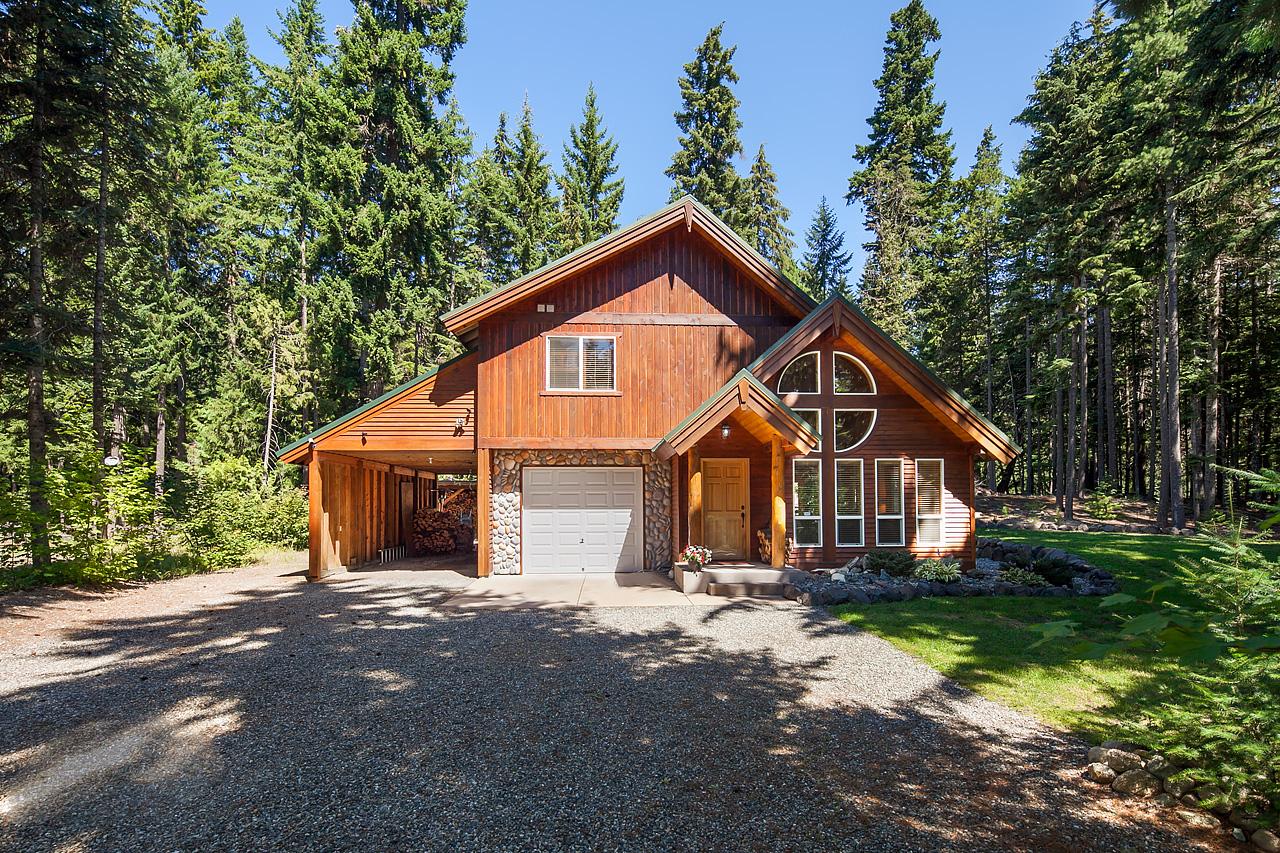 Villa per Vendita alle ore Bulpin 371 Kachess River Road Easton, Washington, 98925 Stati Uniti