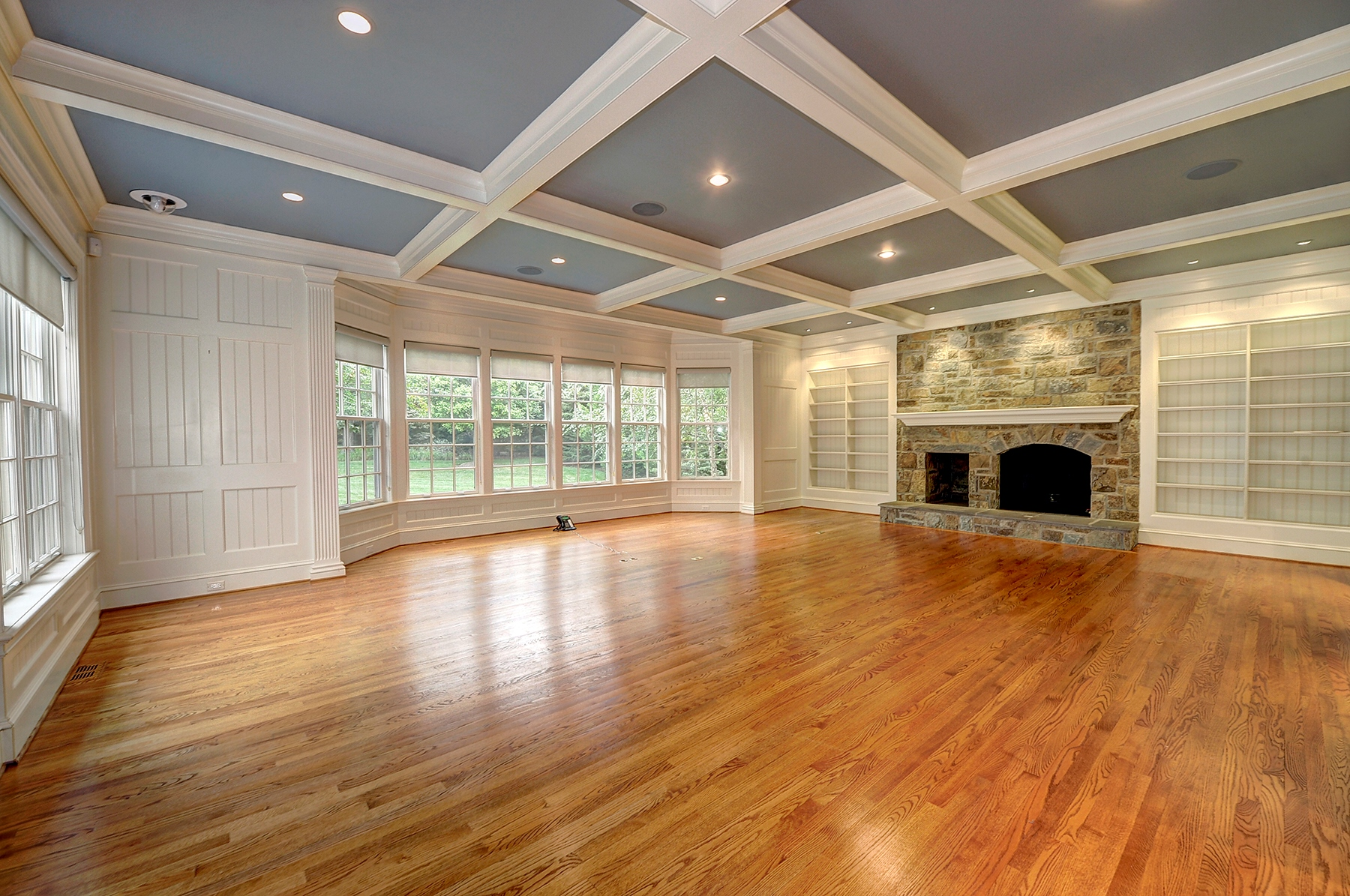 Additional photo for property listing at 8507 Country Club Drive, Bethesda  Bethesda, Maryland 20817 Verenigde Staten
