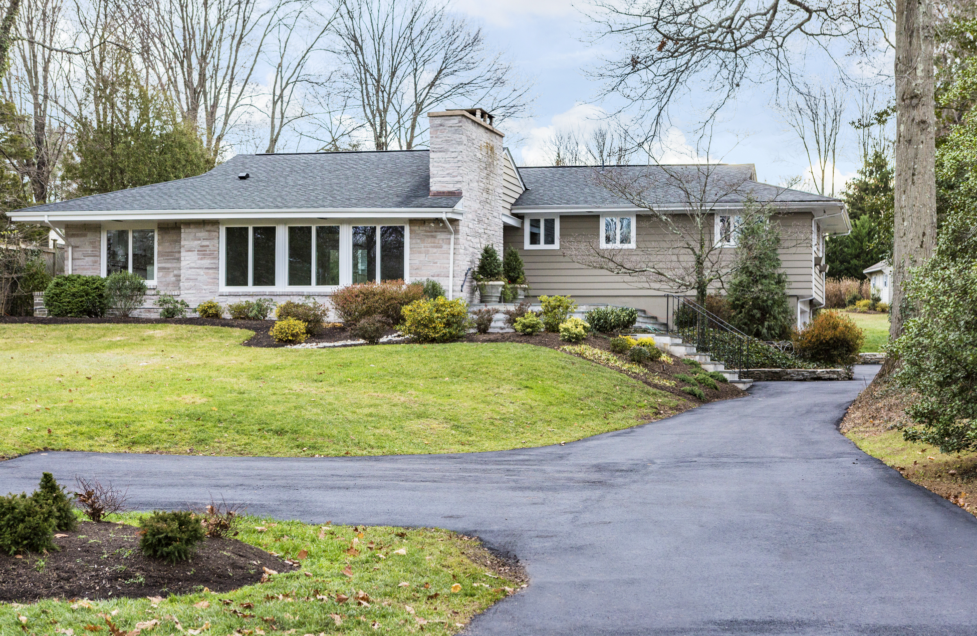 Single Family Home for Sale at Modern Ingenuity Meets Mid-Century Modern 220 King George Road Pennington, New Jersey, 08534 United States