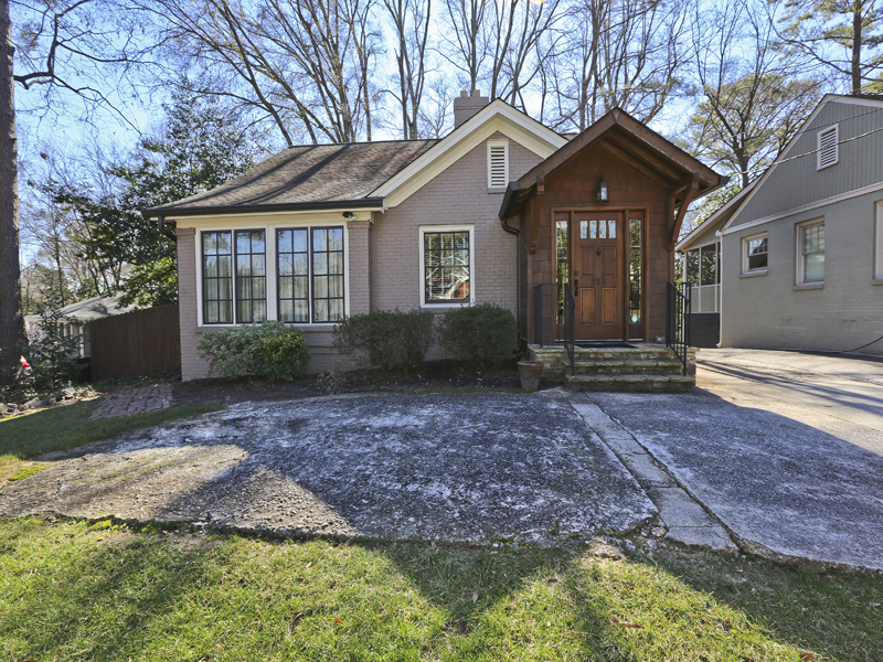 Single Family Home for Sale at Classic Bungalow 289 Lindbergh Drive Peachtree Hills, Atlanta, Georgia 30305 United States