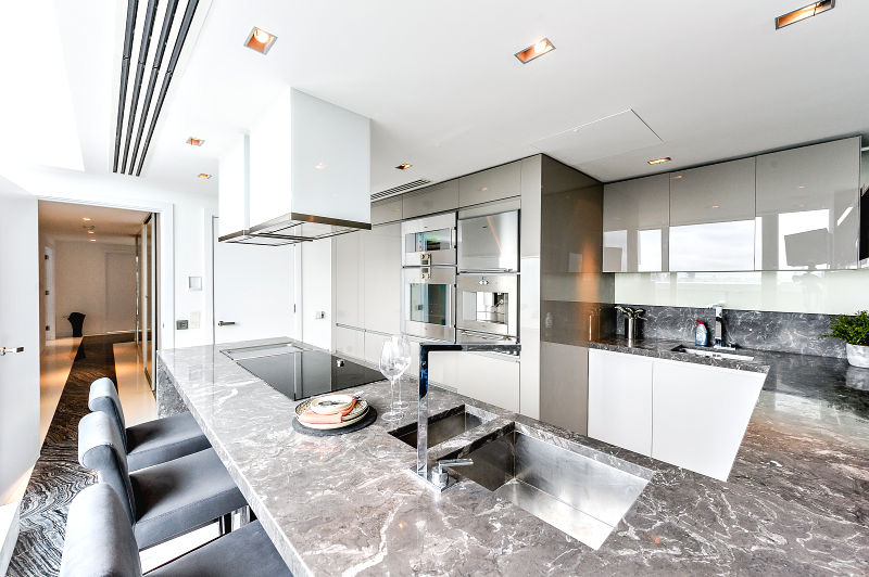 Apartment for Sale at Pan Peninsula, Canary Wharf London, England, United Kingdom