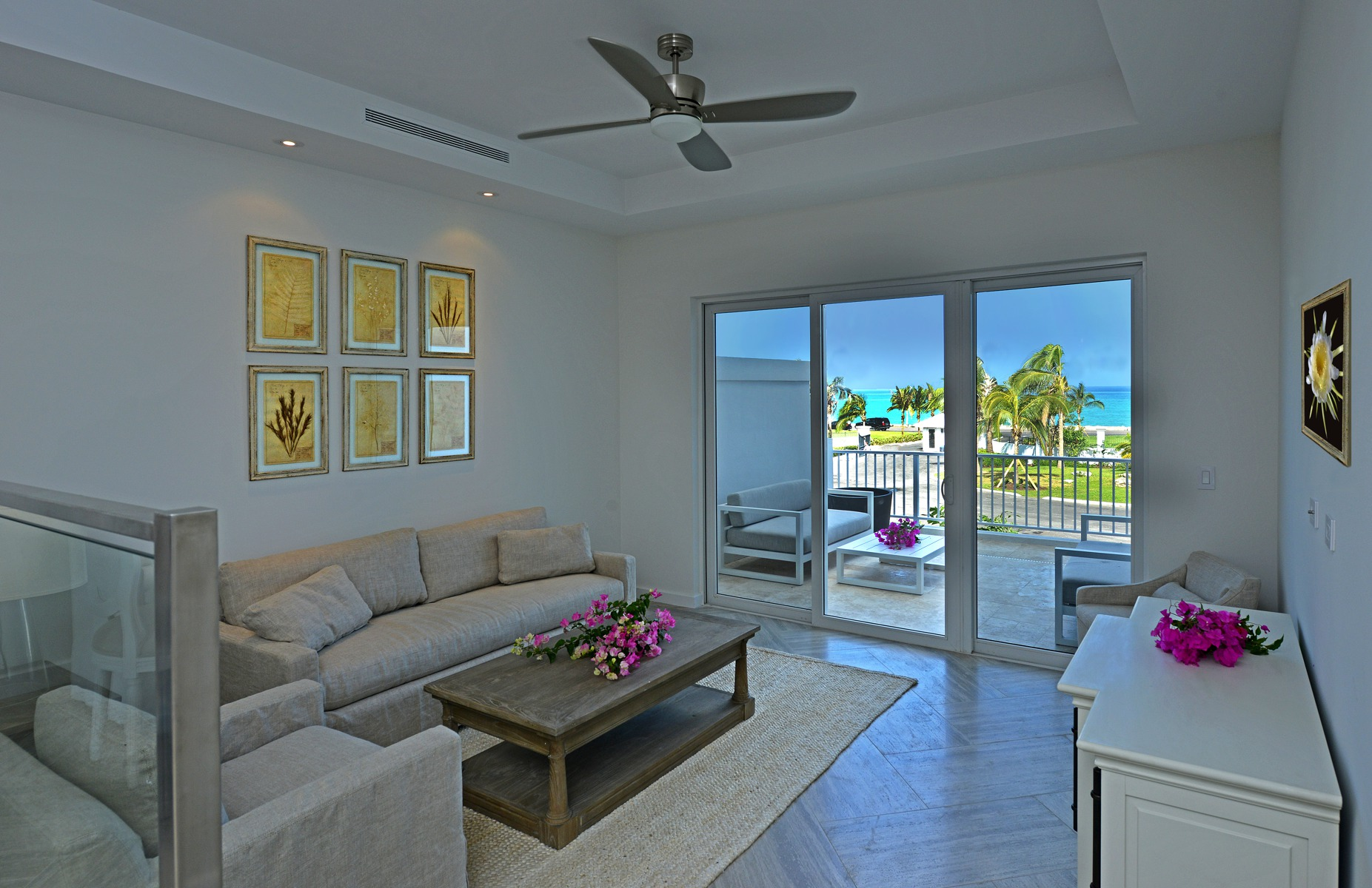 Additional photo for property listing at Ocean Terraces, Suite 206 West Bay Street, Nueva Providencia / Nassau Bahamas