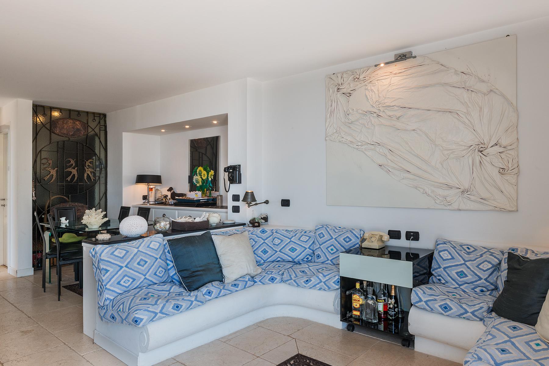 Additional photo for property listing at Villa Pieds dans l'eau in Capri Capri, Naples Italia