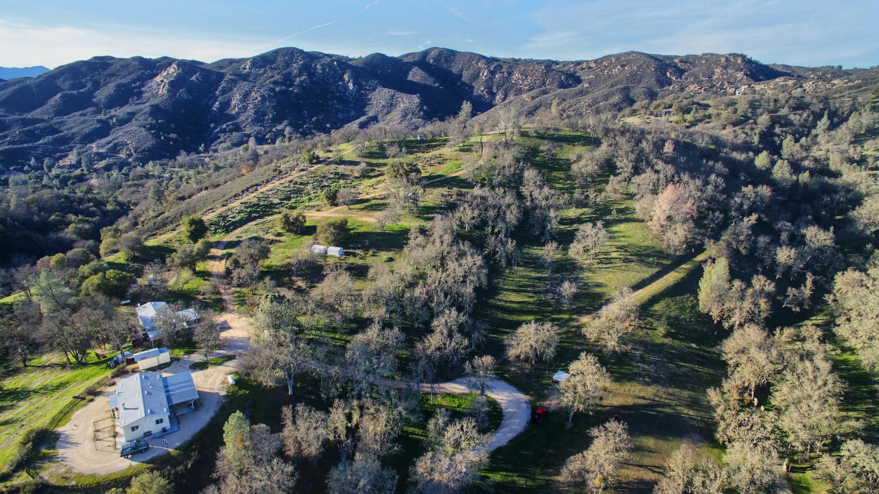 其它住宅 为 销售 在 Vista Pilitas Ranch 4044 Las Pilitas Rd 圣玛格丽塔, 加利福尼亚州, 93453 美国