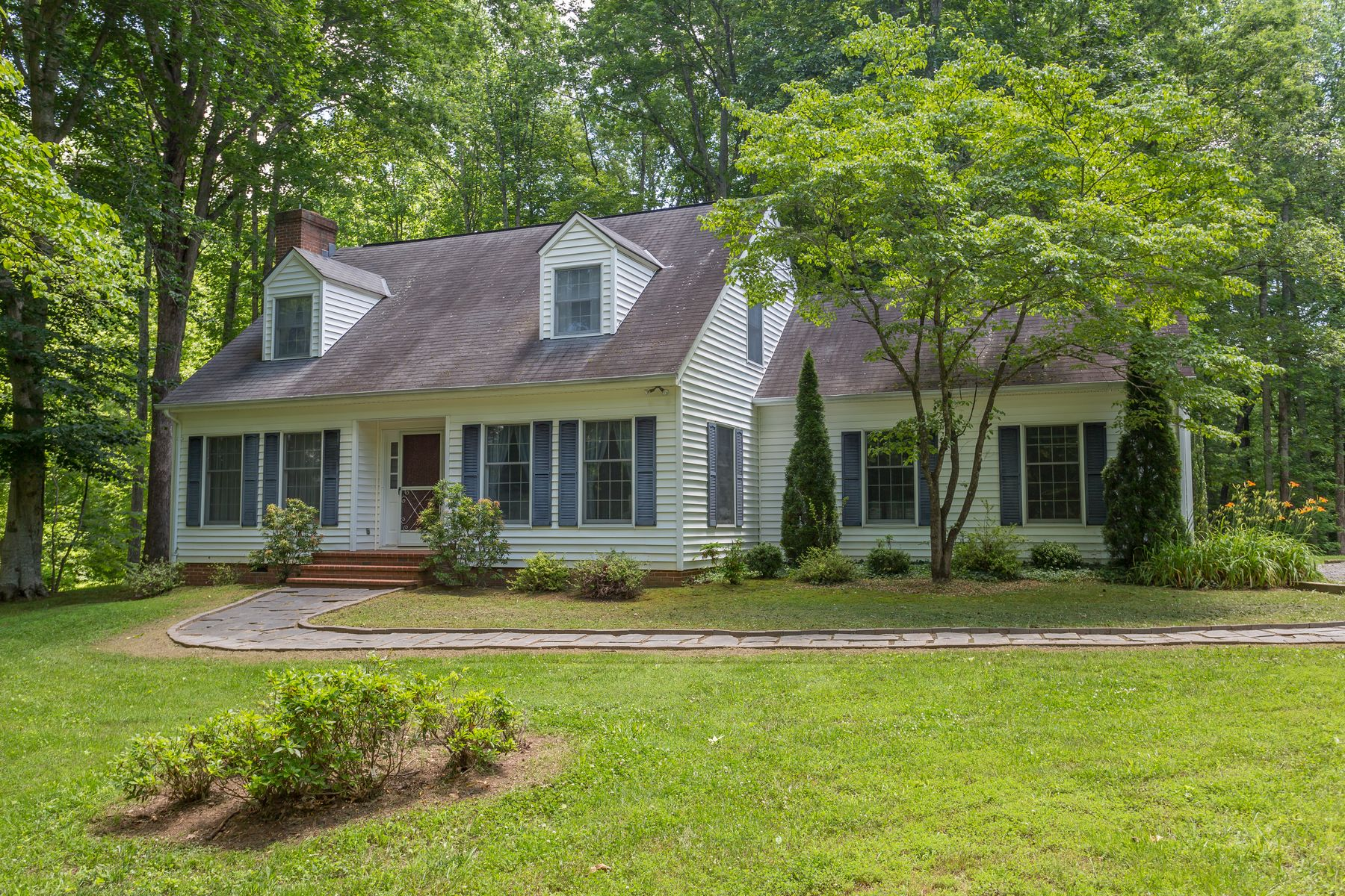 Additional photo for property listing at Gardner Farm 792 E OLD MOUNTAIN RD Mineral, Virginia 23117 United States