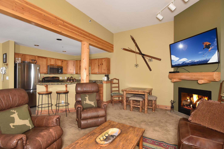 Appartement en copropriété pour l Vente à Trappers Crossing Condo 28 Trappers Crossing #8761 Keystone, Colorado, 80435 États-Unis