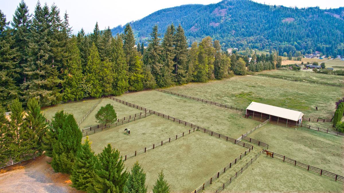 Ferme / Ranch / Plantation pour l Vente à North Star Farm 24615 131ST AVE NE Arlington, Washington, 98223 États-Unis