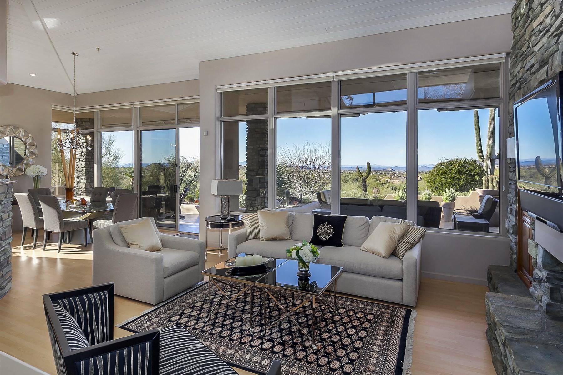 Таунхаус для того Продажа на Extraordinary remodeled Sonoran Ridge home 39018 N 101st Way Scottsdale, Аризона, 85262 Соединенные Штаты