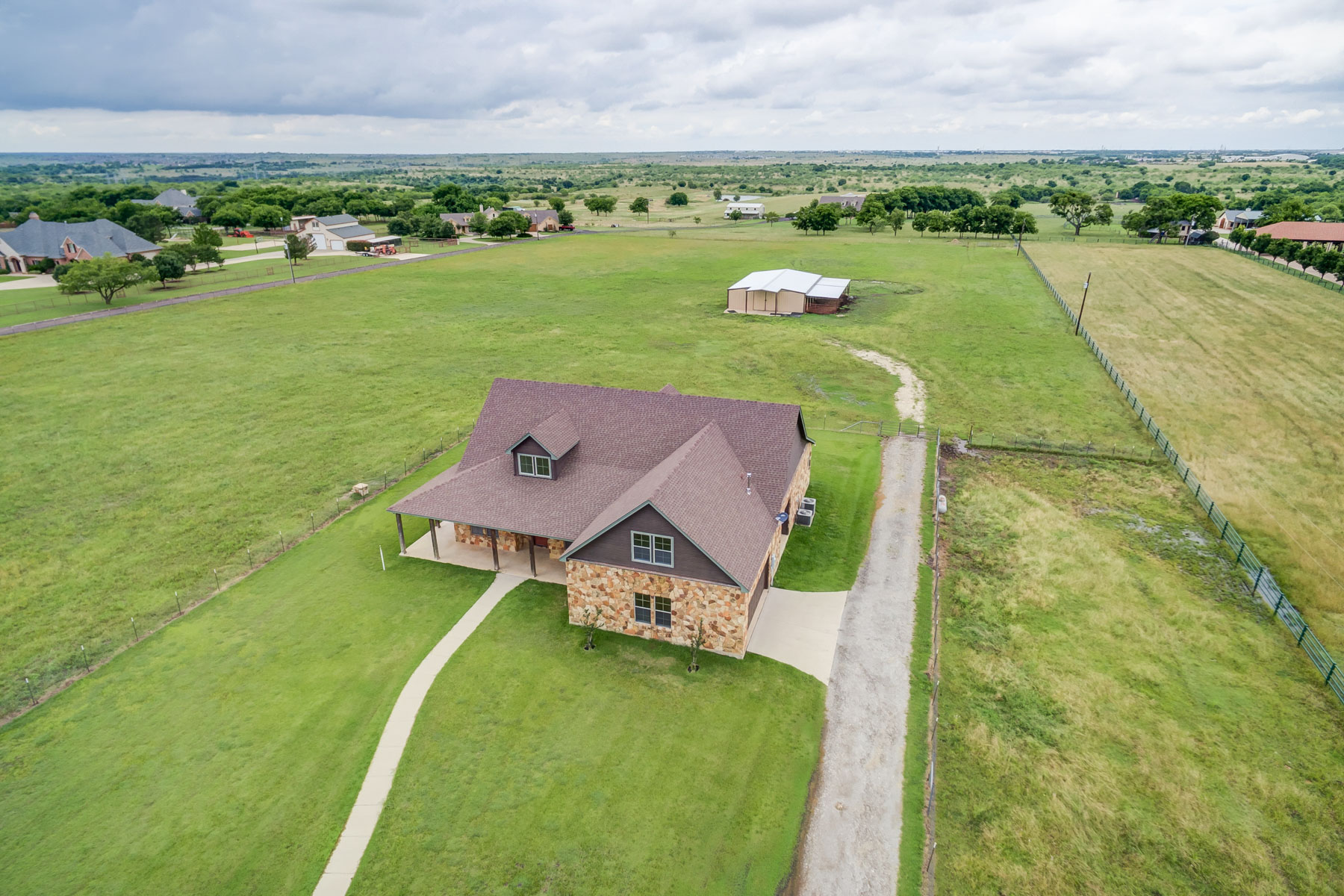 Single Family Home for Sale at Split Level Ranch on over 7.5 acres 9500 Park Drive Fort Worth, Texas, 76179 United States
