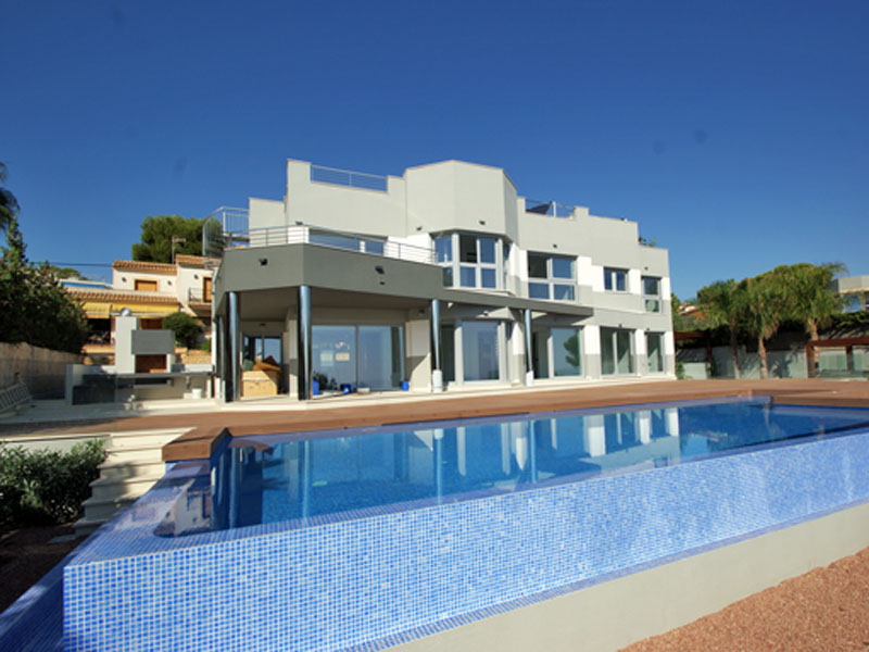Single Family Home for Sale at New build Villa in first Sealine/Waterfront in Calpe, Costa Blanca, Spain Calpe, Alicante Costa Blanca 03710 Spain